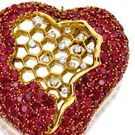 Dali-Honeycomb-Heart-brooch-c.-1953SQ